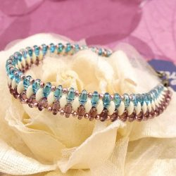 Learn to create this cute weave Bracelete