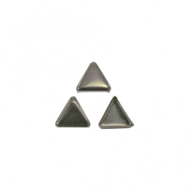 8mm Metal Triangle Flat Studs - Silver - 10pk