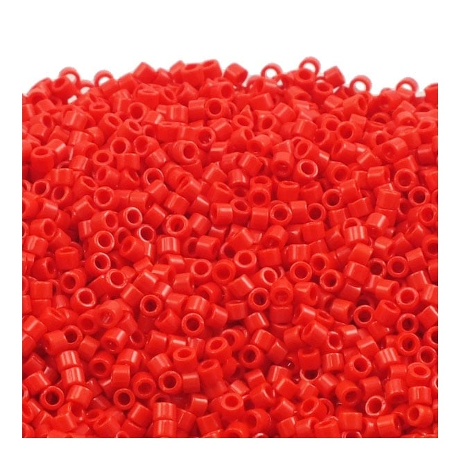 11/0 Delica Seed Bead - Opaque Dark Cranberry (DB723) - 5g