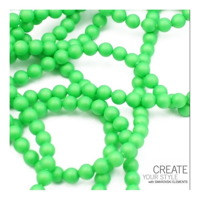 5810 6mm Round Pearl Beads - Crystal Neon Green - 25pk