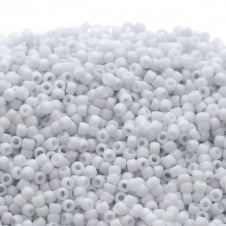 Toho Seed Beads 15/0 - Opaque Pastel Frosted Light Grey - 5g
