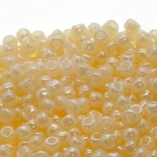 Toho Seed Beads 6/0 - Ceylon Light Ivory - 10g